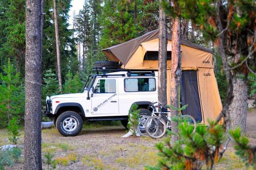 Mt Shasta Roof Top Tent With Annex